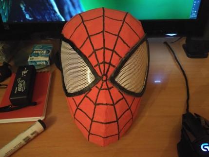 Kartondan Spider Man Maskası